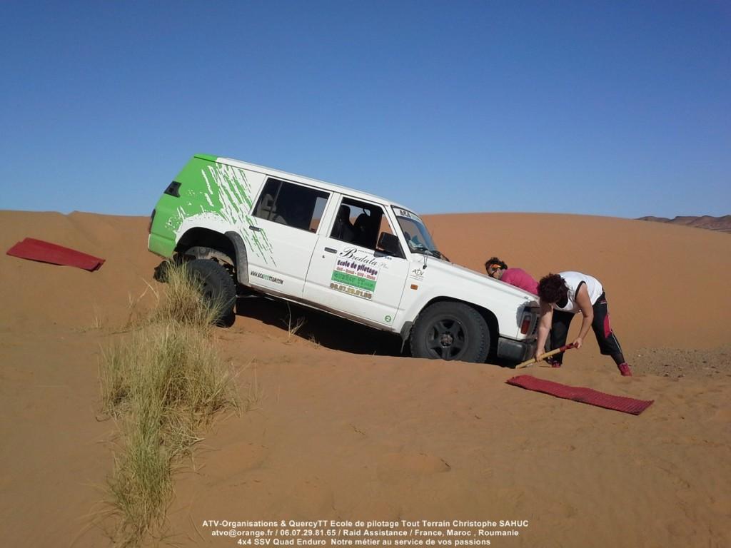 Stage de pilotage 4x4 100% féminin au Maroc en Location